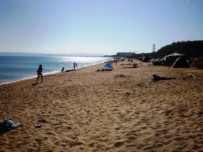 отдых на песчаных пляжах в Феодосии