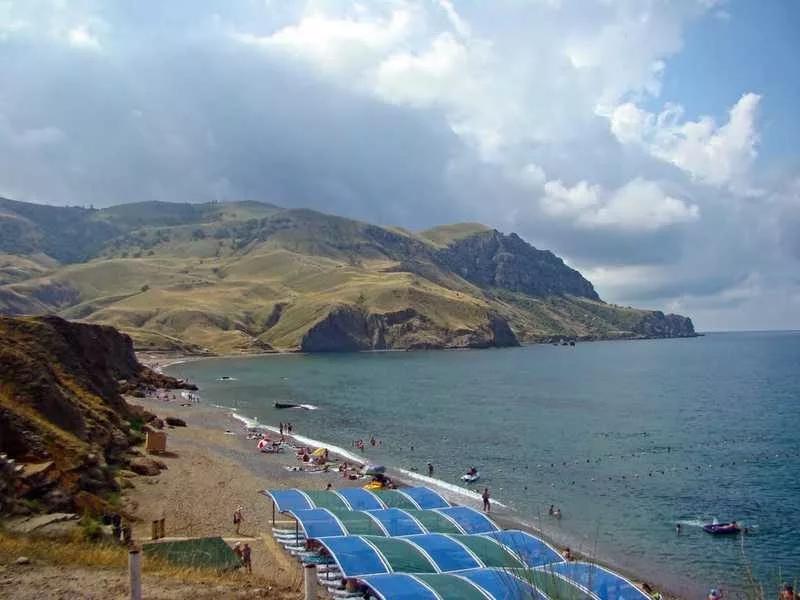 Фото пляжей и набережной Судака